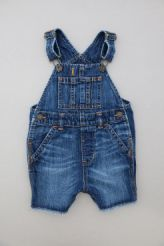 Salopette short en denim  babyGap